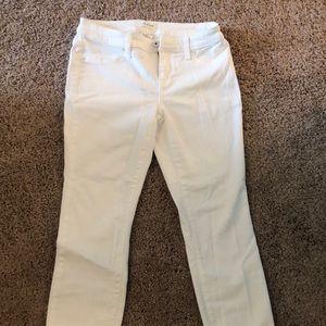 Lila Ryan cropped white pants, sit at ankle 27p
